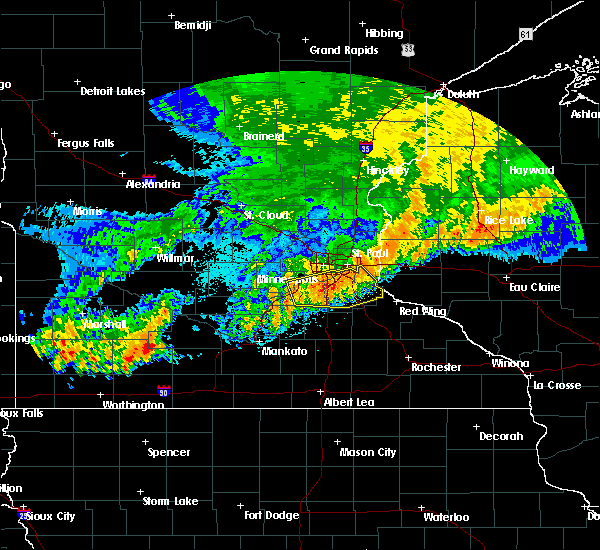 Radar Image for Severe Thunderstorms near Lakeville, MN at 7/18/2020 3:27 AM CDT