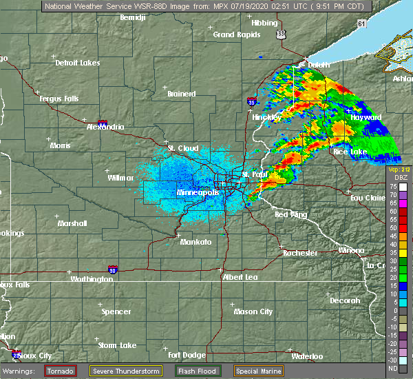 Radar Image for Severe Thunderstorms near Afton, MN at 7/18/2020 9:56 PM CDT