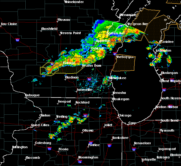 Radar Image for Severe Thunderstorms near Fredonia, WI at 7/19/2020 4:47 AM CDT