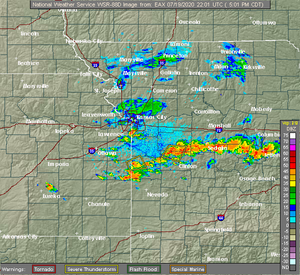 Radar Image for Severe Thunderstorms near Kansas City, MO at 7/19/2020 5:14 PM CDT