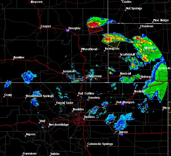 Radar Image for Severe Thunderstorms near Lusk, WY at 7/19/2020 8:10 PM MDT