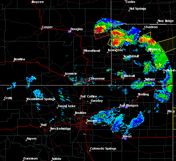 Radar Image for Severe Thunderstorms near Lusk, WY at 7/19/2020 8:33 PM MDT