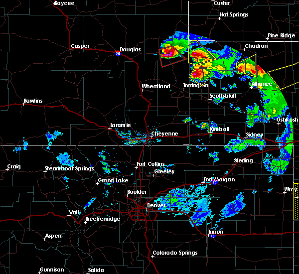 Radar Image for Severe Thunderstorms near Lusk, WY at 7/19/2020 8:41 PM MDT