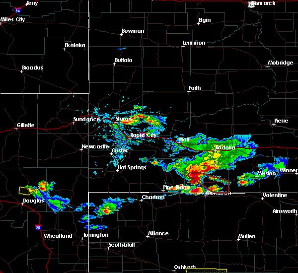 Radar Image for Severe Thunderstorms near Martin, SD at 7/20/2020 5:11 PM MDT
