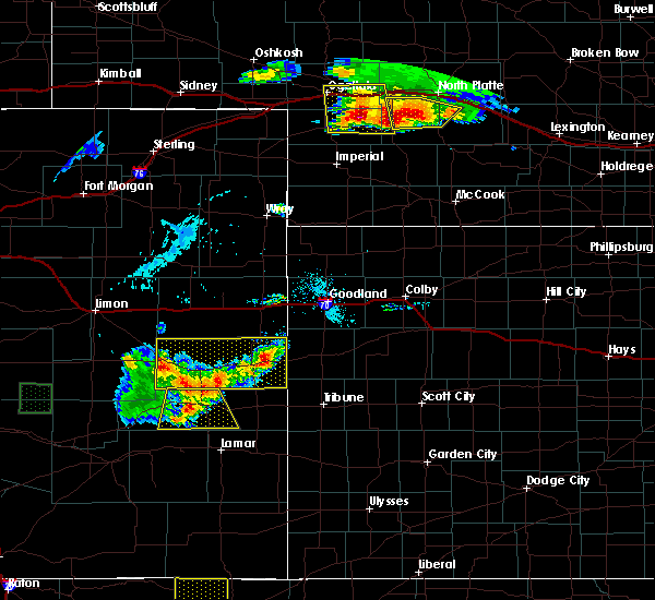 Radar Image for Severe Thunderstorms near Cheyenne Wells, CO at 7/20/2020 5:55 PM MDT