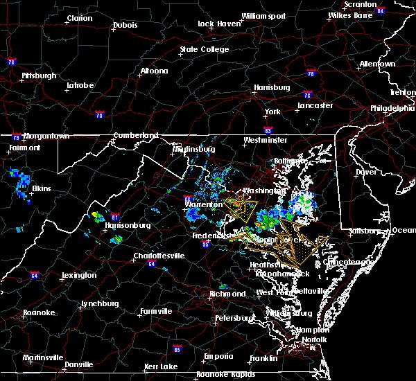 Radar Image for Severe Thunderstorms near Wakefield, VA at 7/20/2020 8:18 PM EDT
