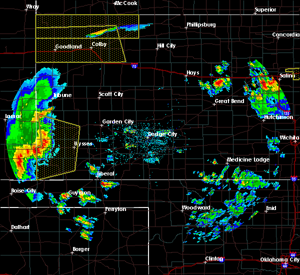 Radar Image for Severe Thunderstorms near Ulysses, KS at 7/20/2020 9:47 PM CDT