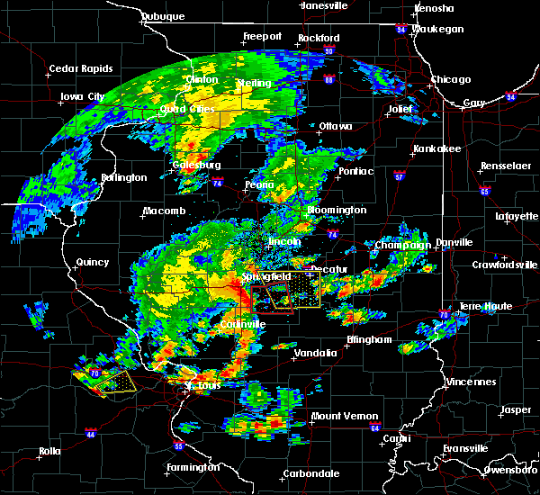 Radar Image for Severe Thunderstorms near Blue Mound, IL at 7/21/2020 4:42 PM CDT