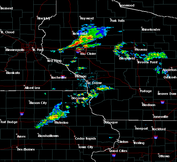 Radar Image for Severe Thunderstorms near Altoona, WI at 7/21/2020 8:22 PM CDT