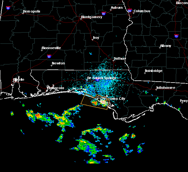 Radar Image for Severe Thunderstorms near Lynn Haven, FL at 7/22/2020 1:00 PM CDT