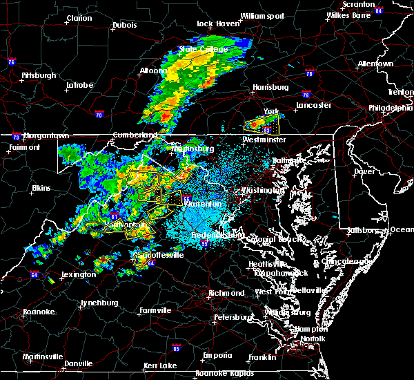 Radar Image for Severe Thunderstorms near Shannondale, WV at 7/22/2020 2:06 PM EDT