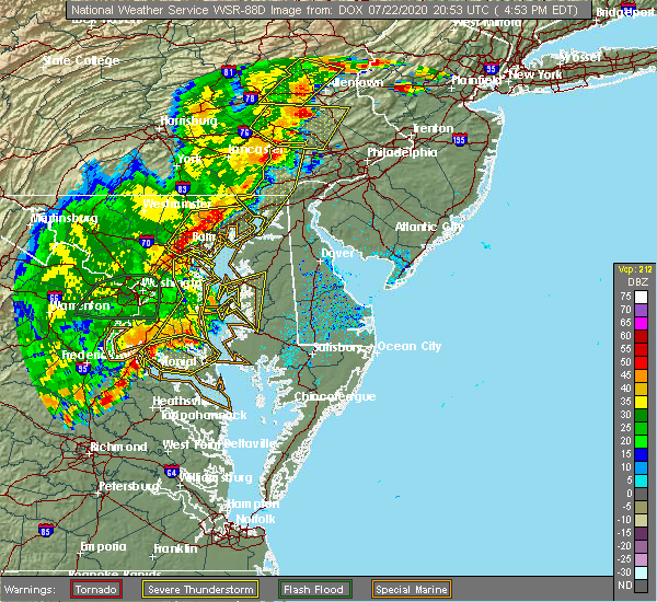 Radar Image for Severe Thunderstorms near Woodlawn, MD at 7/22/2020 4:55 PM EDT