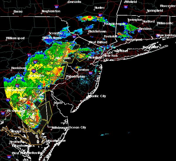 Radar Image for Severe Thunderstorms near Newark, DE at 7/22/2020 5:36 PM EDT