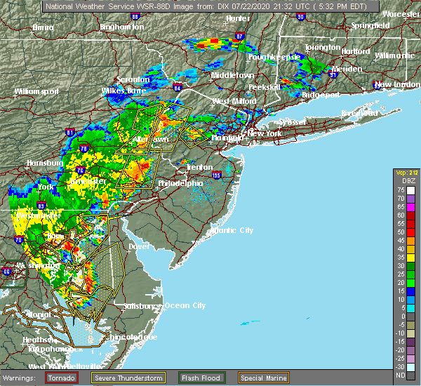 Radar Image for Severe Thunderstorms near Newtown, PA at 7/22/2020 5:43 PM EDT