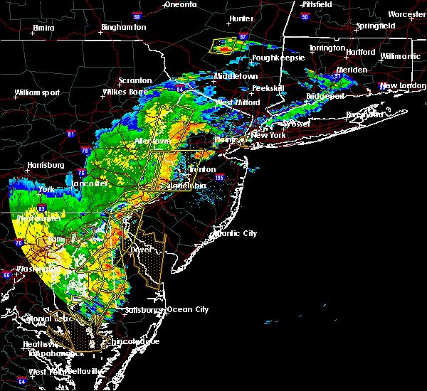 Radar Image for Severe Thunderstorms near Newark, DE at 7/22/2020 6:10 PM EDT