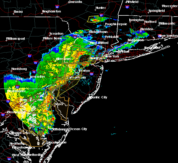 Radar Image for Severe Thunderstorms near Newark, DE at 7/22/2020 6:23 PM EDT