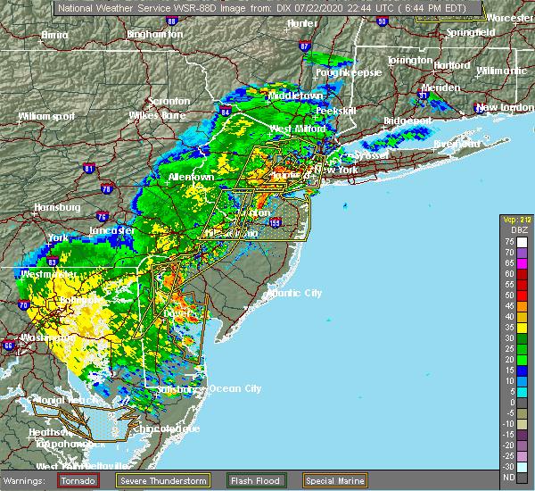 Radar Image for Severe Thunderstorms near Kendall Park, NJ at 7/22/2020 6:50 PM EDT