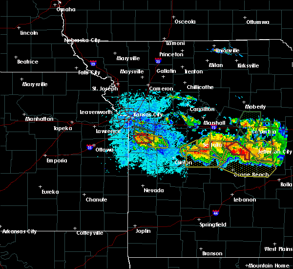 Radar Image for Severe Thunderstorms near Ionia, MO at 7/1/2015 9:15 PM CDT