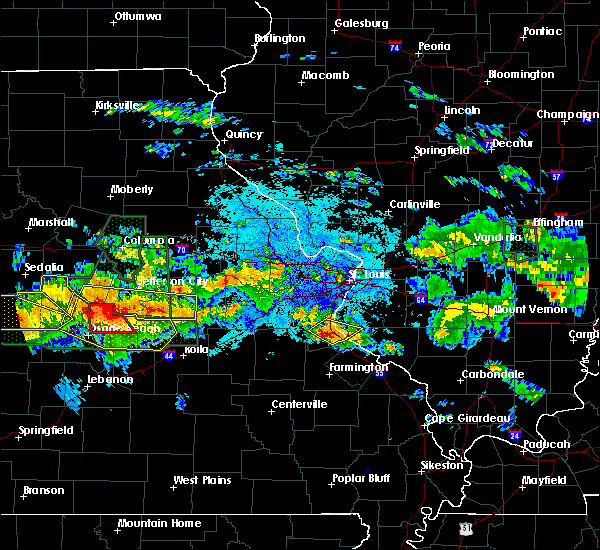 Radar Image for Severe Thunderstorms near De Soto, MO at 7/1/2015 9:46 PM CDT