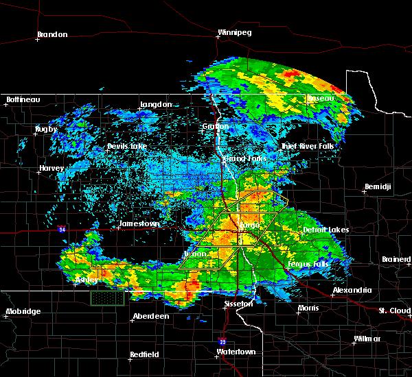 Radar Image for Severe Thunderstorms near Fargo, ND at 7/25/2020 12:45 AM CDT