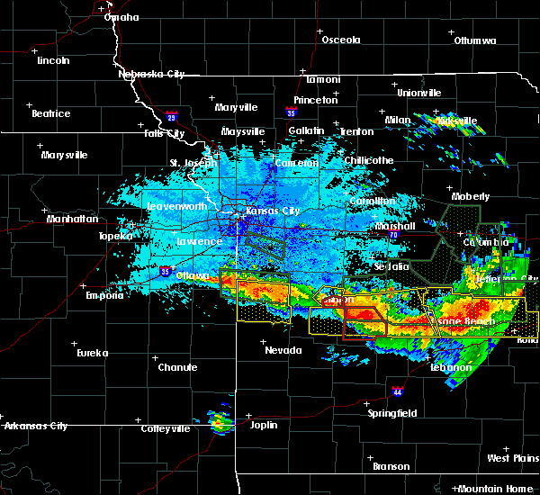 Radar Image for Severe Thunderstorms near Brownington, MO at 7/1/2015 10:39 PM CDT