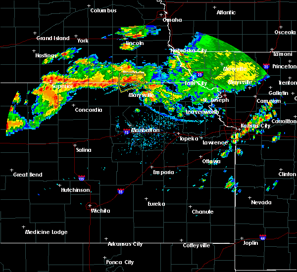 Radar Image for Severe Thunderstorms near Wymore, NE at 7/26/2020 5:31 PM CDT