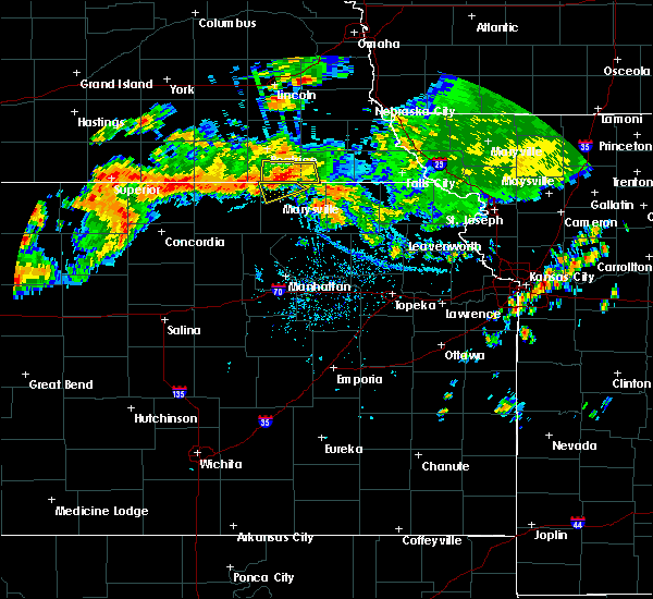 Radar Image for Severe Thunderstorms near Wymore, NE at 7/26/2020 5:38 PM CDT
