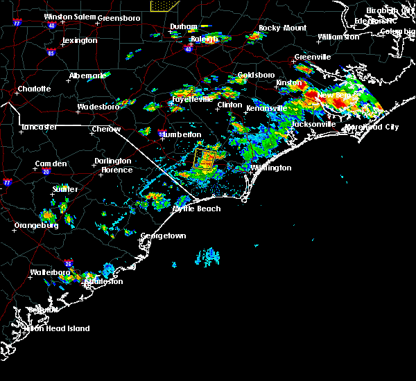 Radar Image for Severe Thunderstorms near Lake Waccamaw, NC at 7/28/2020 4:27 PM EDT