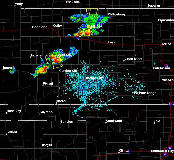 Radar Image for Severe Thunderstorms near Garden City, KS at 7/29/2020 6:04 PM CDT