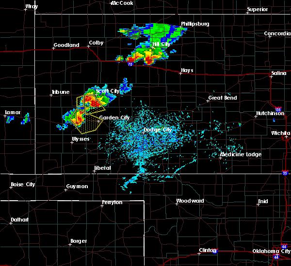 Radar Image for Severe Thunderstorms near Garden City, KS at 7/29/2020 6:23 PM CDT