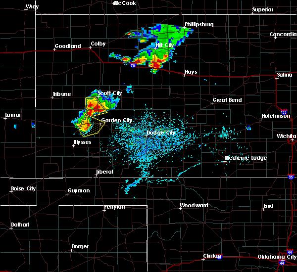 Radar Image for Severe Thunderstorms near Garden City, KS at 7/29/2020 6:28 PM CDT