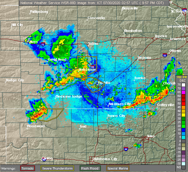 Radar Image for Severe Thunderstorms near Colwich, KS at 7/29/2020 9:59 PM CDT
