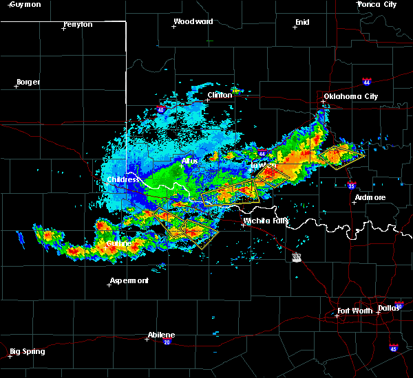 Radar Image for Severe Thunderstorms near Crowell, TX at 7/30/2020 5:48 PM CDT