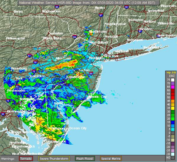 Radar Image for Severe Thunderstorms near Kendall Park, NJ at 7/31/2020 12:13 AM EDT
