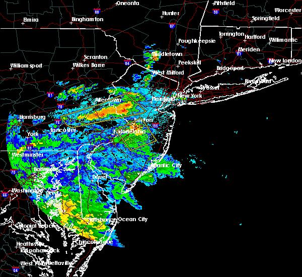 Radar Image for Severe Thunderstorms near Flemington, NJ at 7/31/2020 12:15 AM EDT