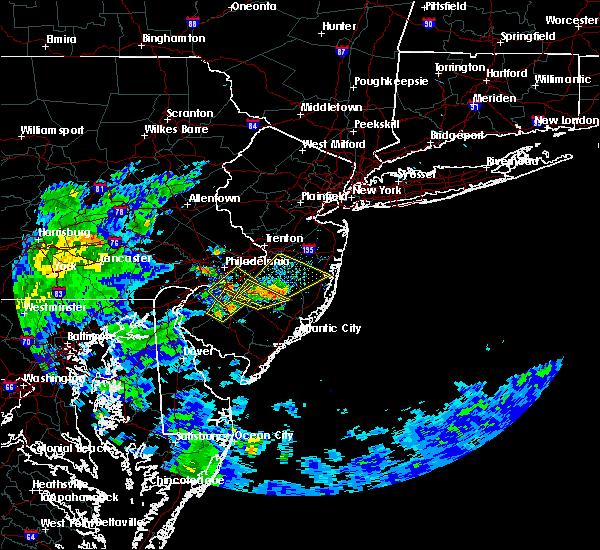 Radar Image for Severe Thunderstorms near Turnersville, NJ at 8/3/2020 7:21 PM EDT