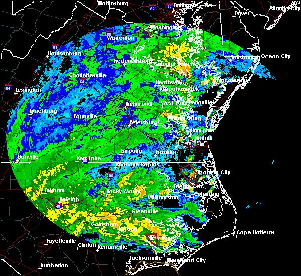 Radar Image for Severe Thunderstorms near Suffolk, VA at 8/4/2020 12:19 AM EDT