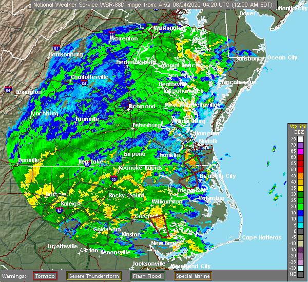 Radar Image for Severe Thunderstorms near Suffolk, VA at 8/4/2020 12:24 AM EDT