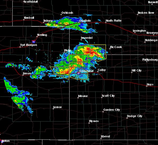 Radar Image for Severe Thunderstorms near Burlington, CO at 8/5/2020 8:28 PM MDT