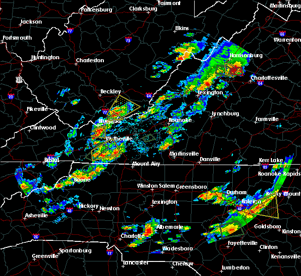 Radar Image for Severe Thunderstorms near Woodlawn, VA at 8/6/2020 4:23 PM EDT