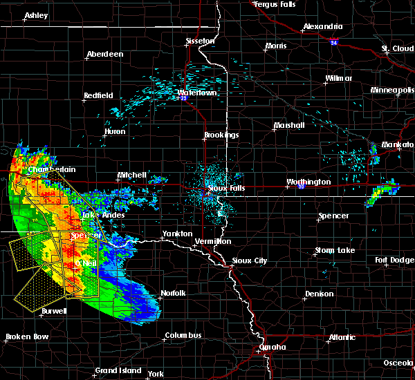 Radar Image for Severe Thunderstorms near Platte, SD at 8/9/2020 12:14 AM CDT