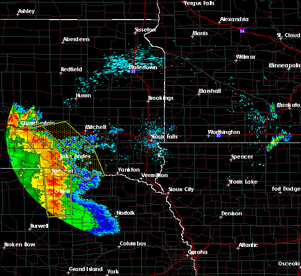 Radar Image for Severe Thunderstorms near Springfield, SD at 8/9/2020 12:22 AM CDT