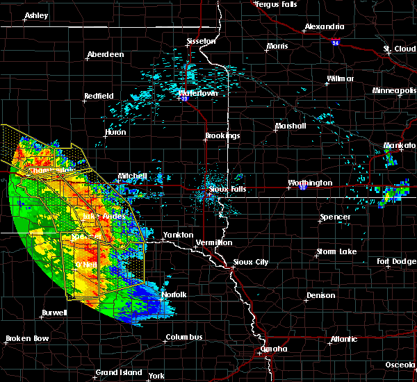 Radar Image for Severe Thunderstorms near Springfield, SD at 8/9/2020 12:40 AM CDT