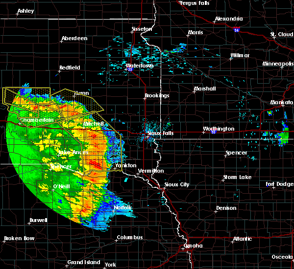 Radar Image for Severe Thunderstorms near Fedora, SD at 8/9/2020 1:14 AM CDT