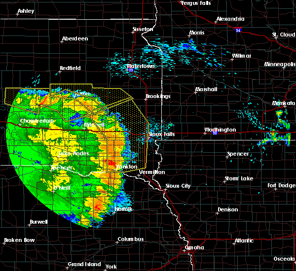 Radar Image for Severe Thunderstorms near Fedora, SD at 8/9/2020 1:40 AM CDT