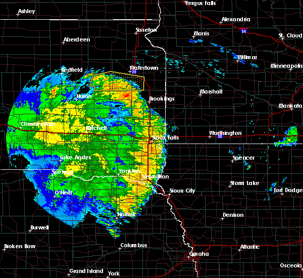 Radar Image for Severe Thunderstorms near George, IA at 8/9/2020 2:21 AM CDT