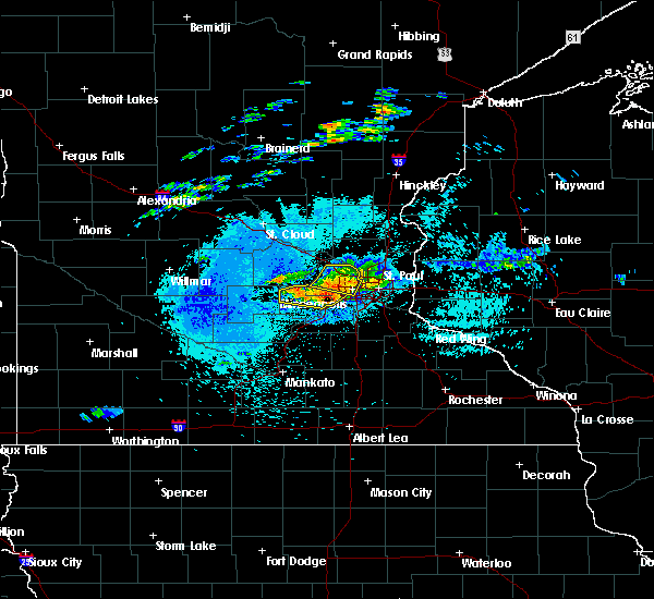Radar Image for Severe Thunderstorms near Fridley, MN at 8/10/2020 1:19 AM CDT