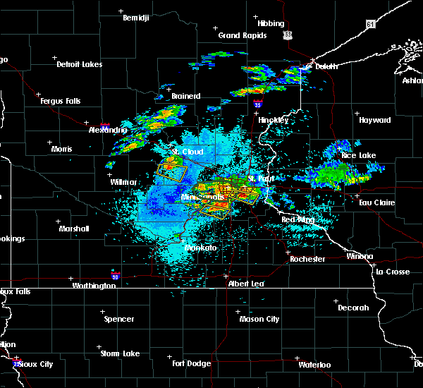 Radar Image for Severe Thunderstorms near Prior Lake, MN at 8/10/2020 2:23 AM CDT