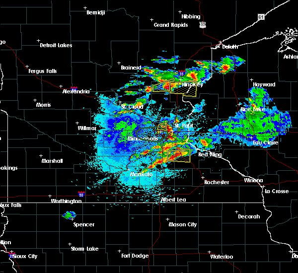 Radar Image for Severe Thunderstorms near Fridley, MN at 8/10/2020 3:48 AM CDT