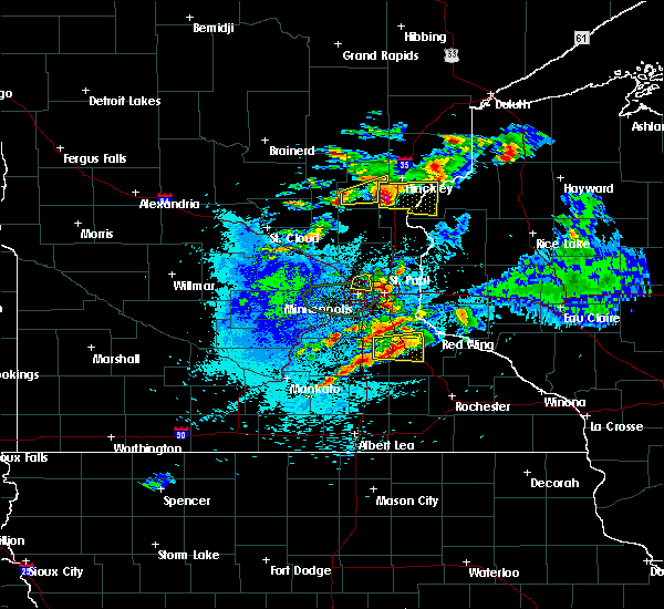 Radar Image for Severe Thunderstorms near Fridley, MN at 8/10/2020 3:53 AM CDT